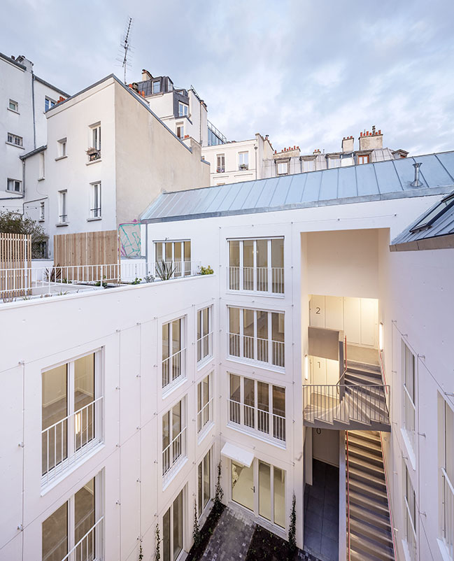 14 social housing units and two business premises in Paris-Montmartre by mobile architectural office