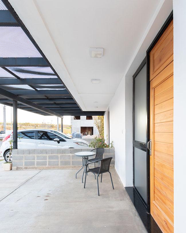 Duplex Chacras del Norte by MZ Arquitectos