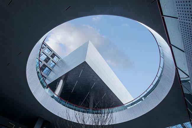 Starry Street Wuhou by CLOU architects