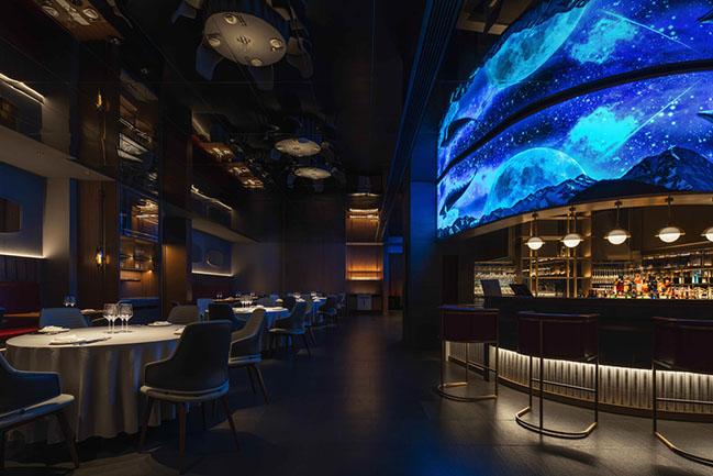 XU JI Seafood Restaurant by Daxiang Design Studio