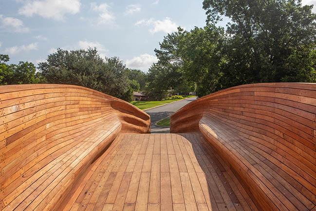 Drift: A timber-and-steel pedestrian bridge by Volkan Alkanoglu