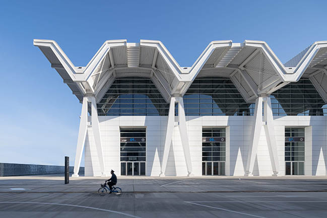 Tianjin National Conference and Exhibition Center by gmp architekten completed