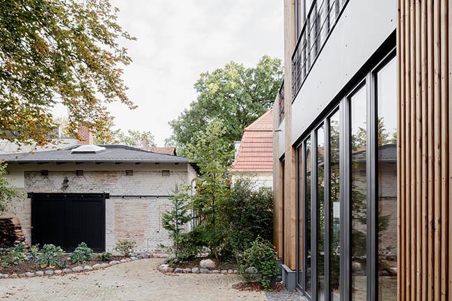 Villa Schlachtensee by CAMA A