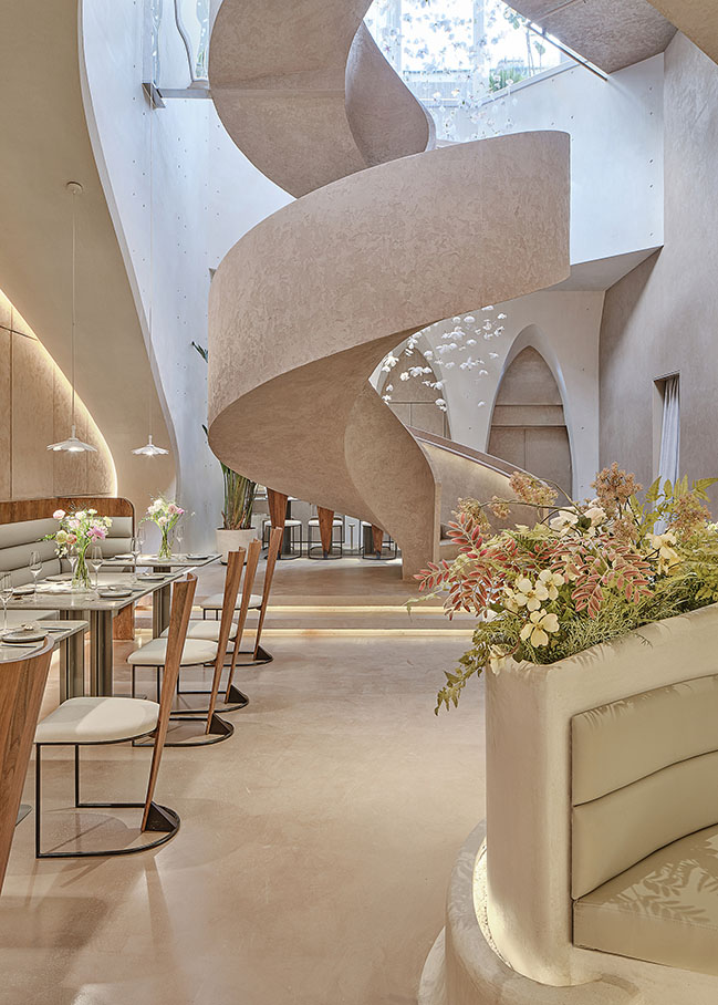 Tomacado (Shanghai IFC) by Liang Architecture Studio