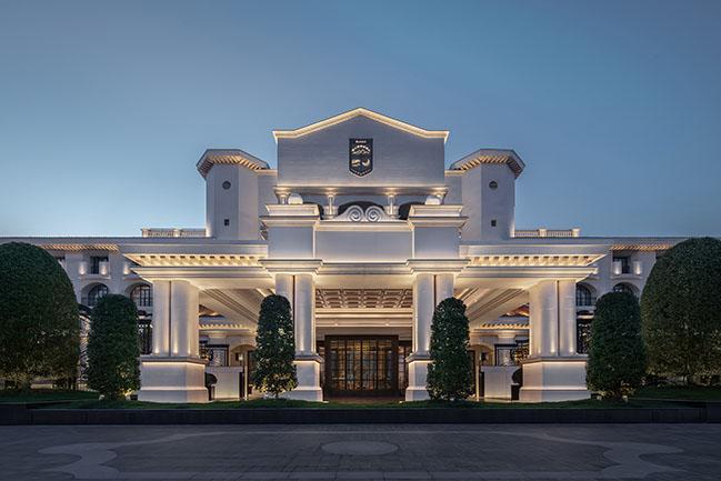 Suning Zhongshan Golf Resort, Nanjing by CCD / Cheng Chung Design (HK)
