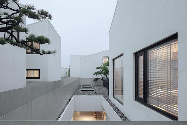 BAN Villa by B.L.U.E. Architecture Studio