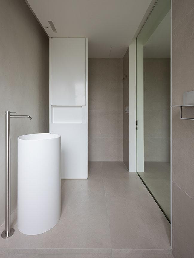 KOA Apartment by Marty Chou Architecture