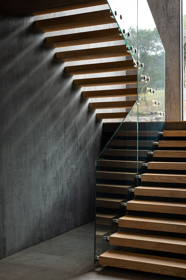 Lantern House by Dick Clark + Associates
