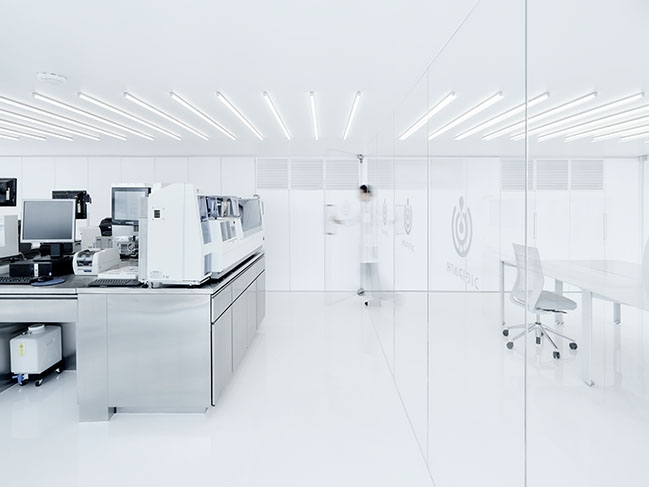 digipath lab in Mexico City by Zeller and Moye