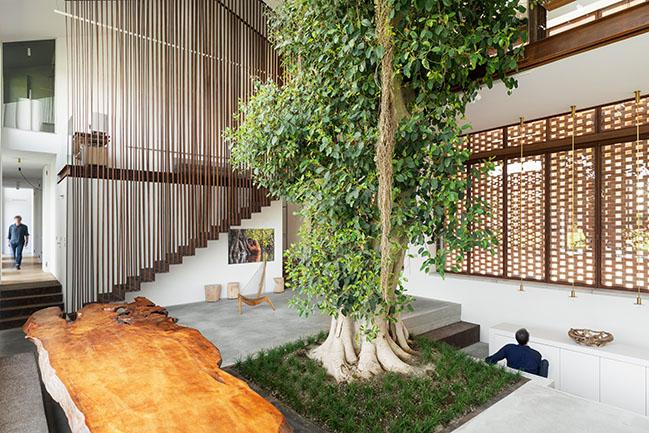 Greenary by CRA-Carlo Ratti Associati   A House Built Around a Tree