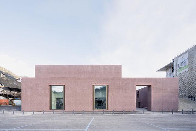 An open air wunderkammer by Carlana Mezzalira Pentimalli has opened in Brixen