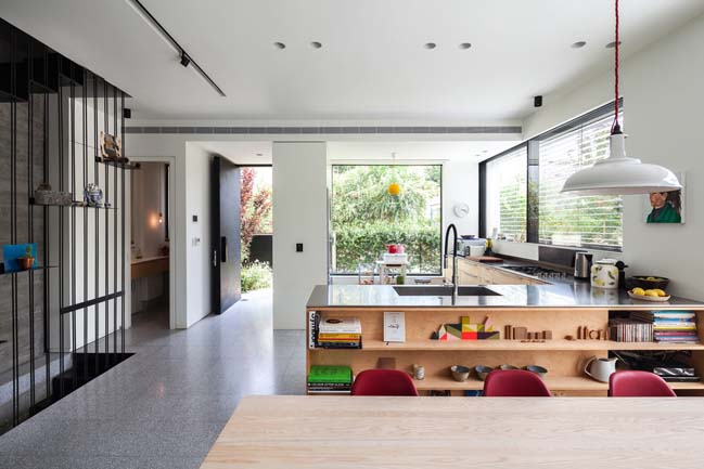 Townhouse Interior Design By Dzl Architects