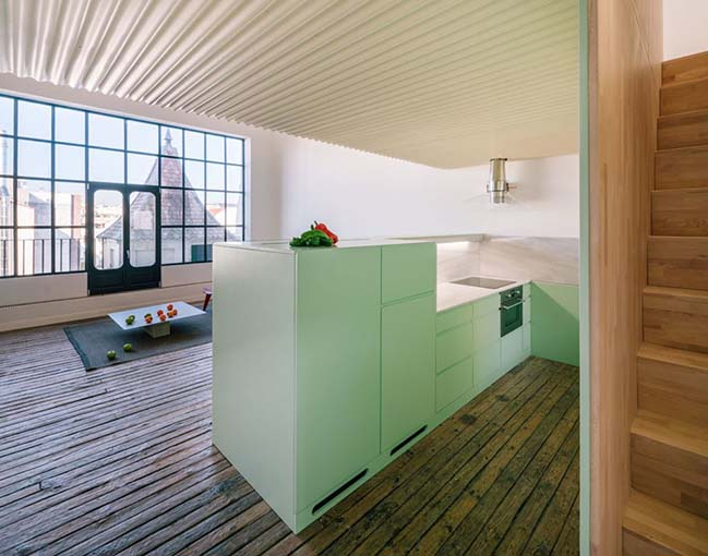 A Refurbished Penthouse Attic in Madrid